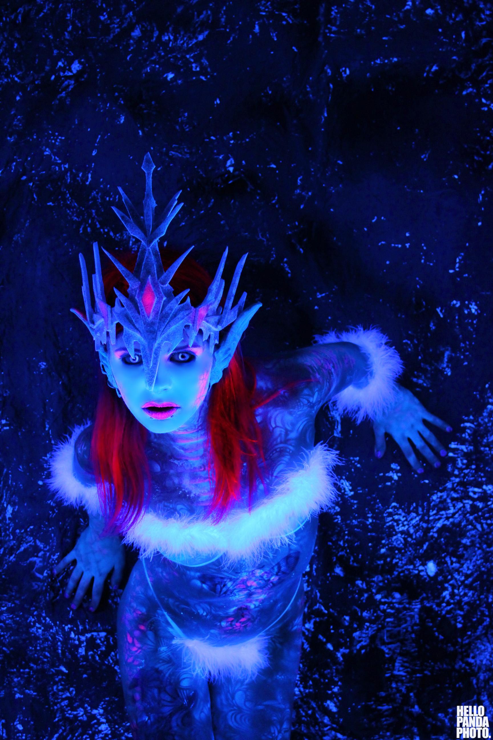 ice queen black light